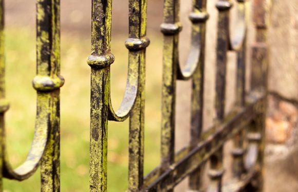 Cancelli in ferro battuto d'epoca per aggiungere valore alla casa
