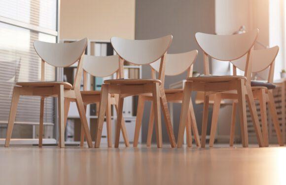 La vendita online di sedie, consigli utili per sceglierle su Internet